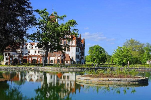 Rundflug Schloss Basedow