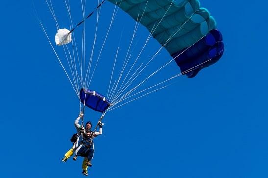 Tandem Fallschirmspringen Ostsee Skydiving in Barth